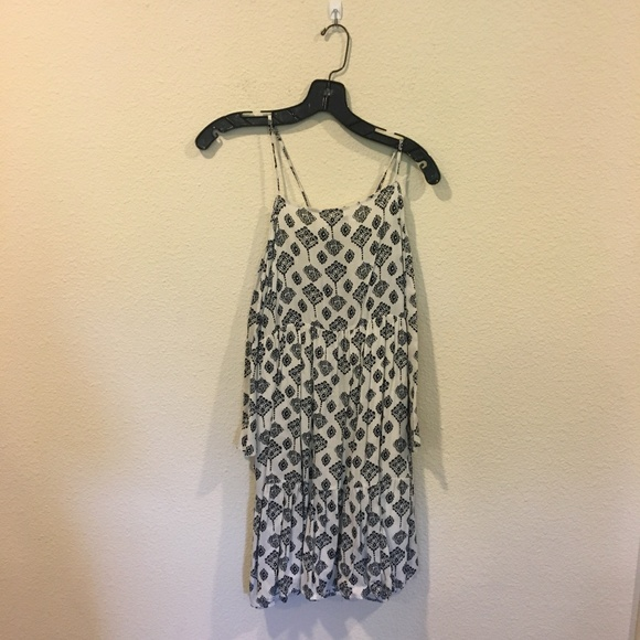 Glamorous Dresses & Skirts - Glamorous printed dress